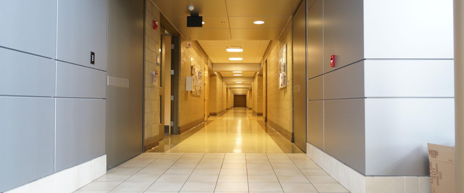 Cross Corridor Total Doors